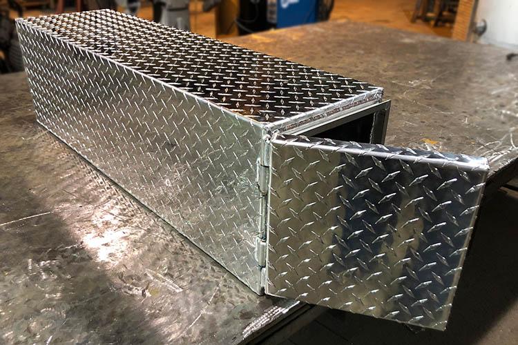 aluminum shovel box