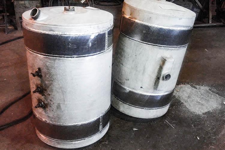 aluminum fuel tanks repaired around strap area