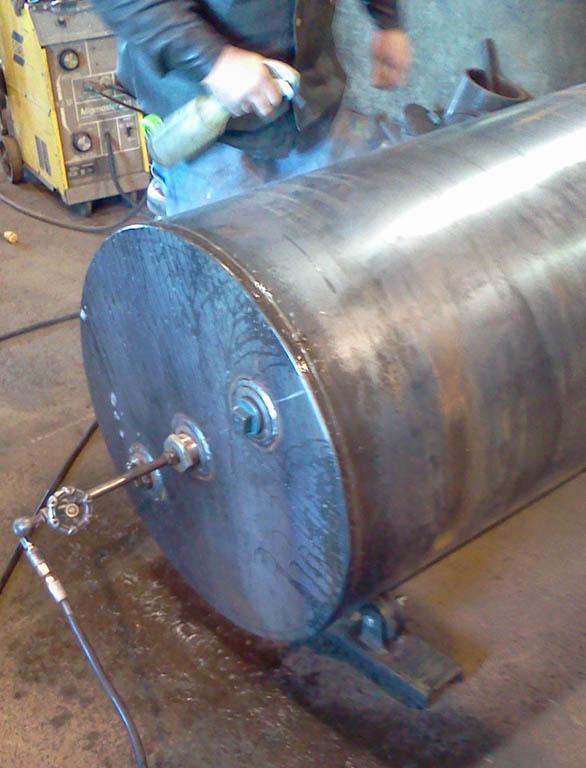 leak testing welding tank