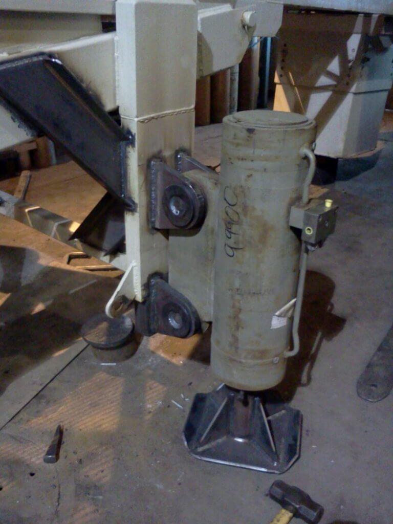stabilizer pads on conveyer