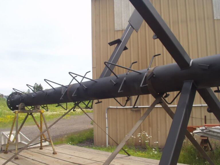 new fabricated boat mast